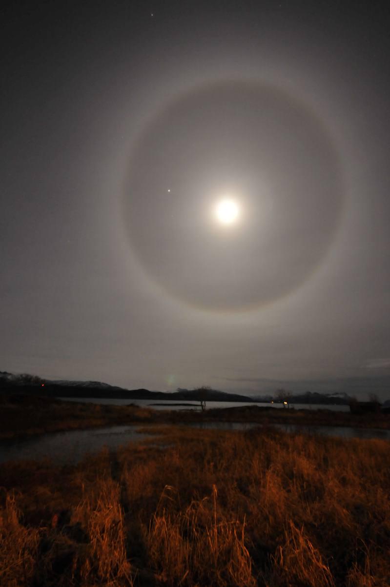 Fullmåne o oppklarning i november